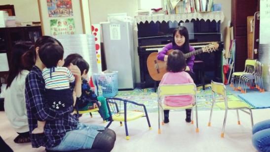 心臓病をもったお子さんの通う保育園での音楽療法