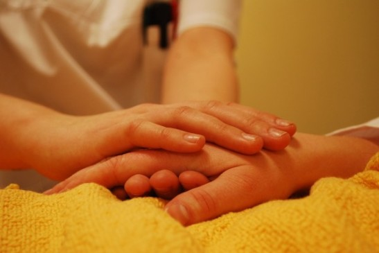 hands-736244_960_720